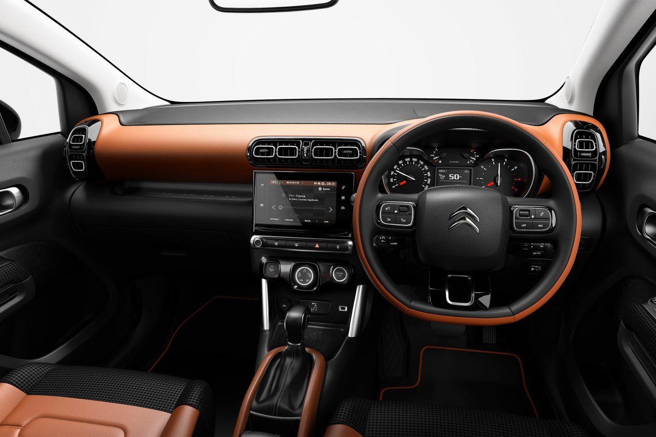 キャメルレザー&千鳥格子シートの『シトロエンC3 AIRCROSS SUV』特別仕様車が登場