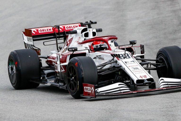 F1 | 18インチF1タイヤのテストにアルピーヌのクビアトが合流。アルファロメオは新ホイールカバーのテストも
