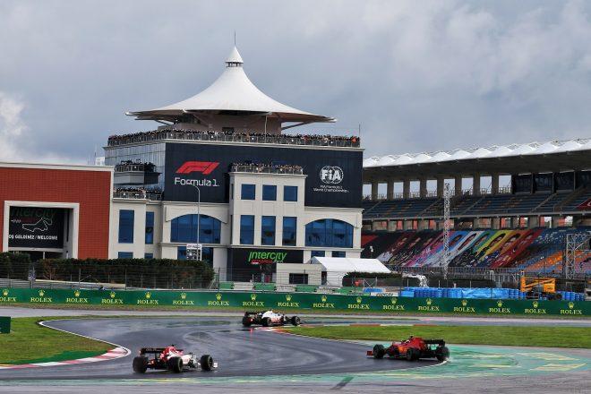 F1   開催が危ぶまれるF1トルコGP。アゼルバイジャンが日程交換案を拒む