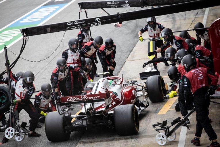 F1 | アルファロメオF1、レアなトラブルが重なり、入賞のチャンスを失う。FIAからのメッセージにエラー