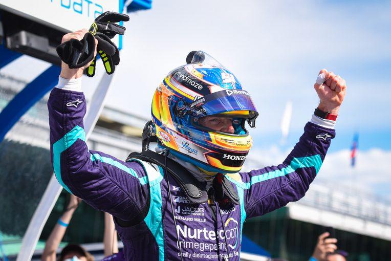 海外レース他   インディカー初ポール獲得のロマン・グロージャン「アメージングだ」