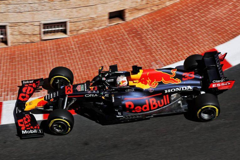 F1   レッドブル・ホンダ密着:渋滞の影響で初日は4番手&8番手とやや出遅れ。PUにはトラブル防止策を講じる