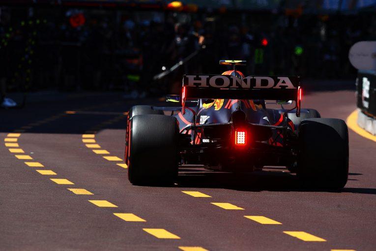F1   F1フレキシブルウイング監視強化のタイミングにメルセデスらが強い不満「バクーで不当なアドバンテージを許すことになる」