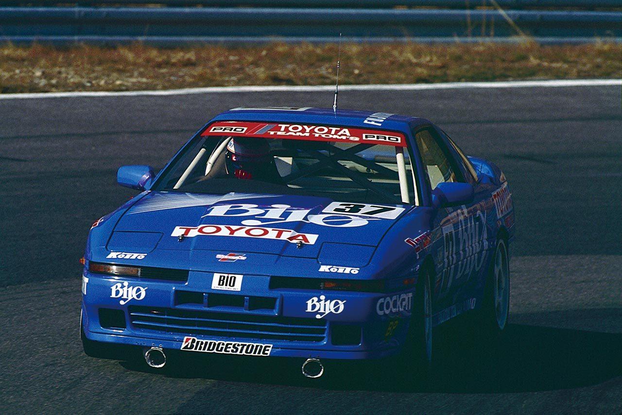 【忘れがたき銘車たち】華々しいデビュー後、規定変更で苦戦を強いられた『グループA トヨタ・スープラ』
