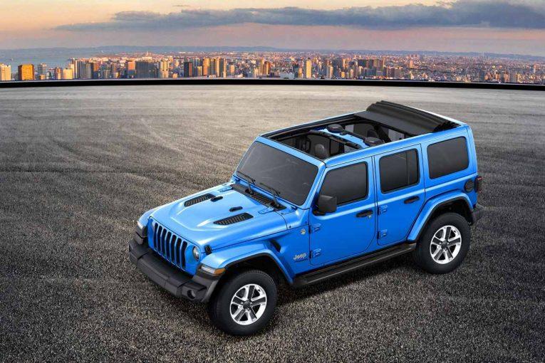 クルマ   『ジープ・ラングラー・アンリミテッド』に電動開閉式パワートップ採用の300台限定車が登場