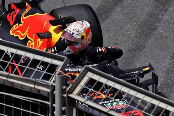 2021年F1第6戦アゼルバイジャンGP FP3でマックス・フェルスタッペン(レッドブル・ホンダ)がクラッシュ