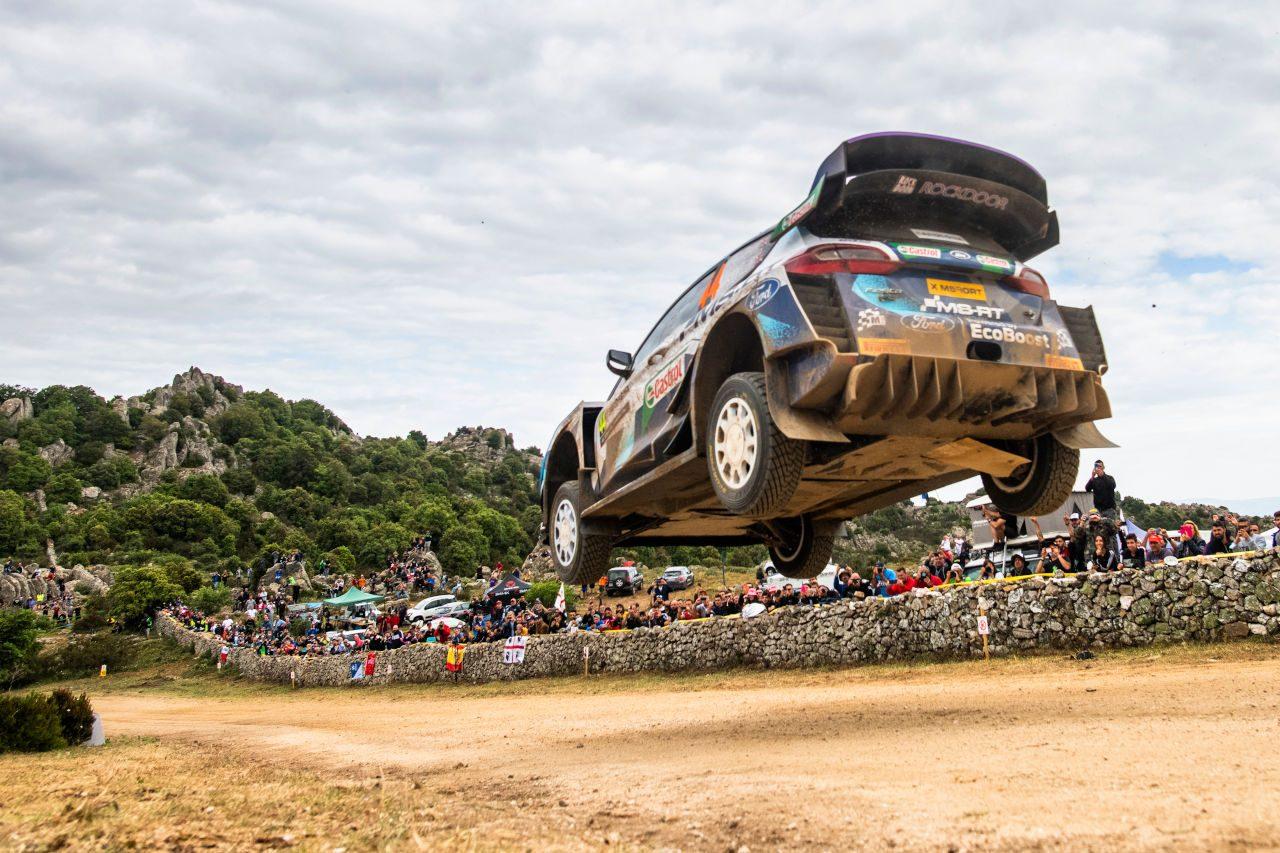 """首位タナクに""""また""""悲劇。トヨタのオジエ、デイ2を終え総合トップに/WRCイタリア"""