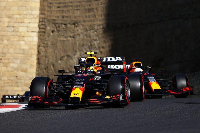 2021年F1第6戦アゼルバイジャンGP セルジオ・ペレス&マックス・フェルスタッペン(レッドブル・ホンダ)
