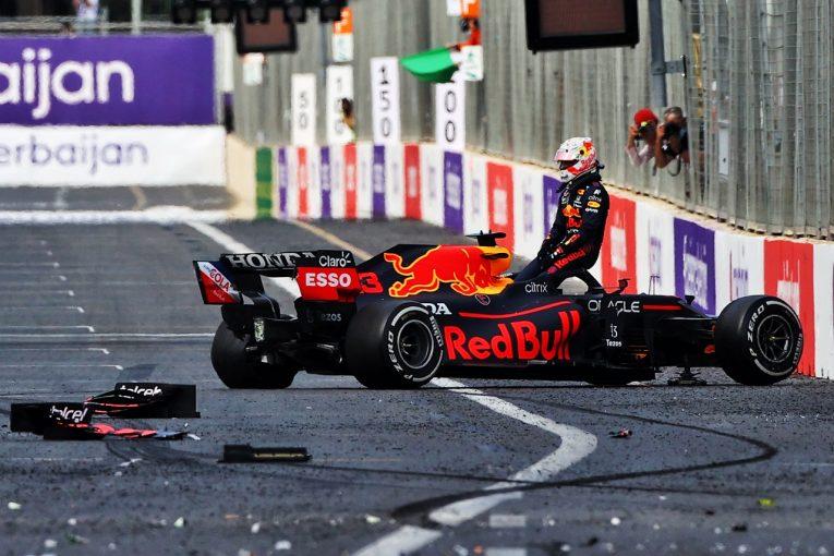 """F1   多くの問題が発生するも、ドライバーの腕と勇気に救われたバクー。破綻が垣間見えた""""興行優先主義"""""""