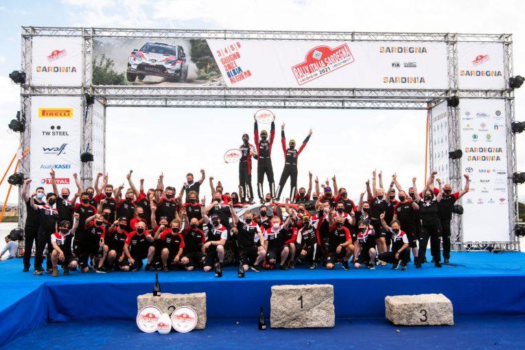 ラリー/WRC   豊田章男オーナー「やっと海で泳ぐことができますね!」WRCイタリアで勝利のチームを祝福