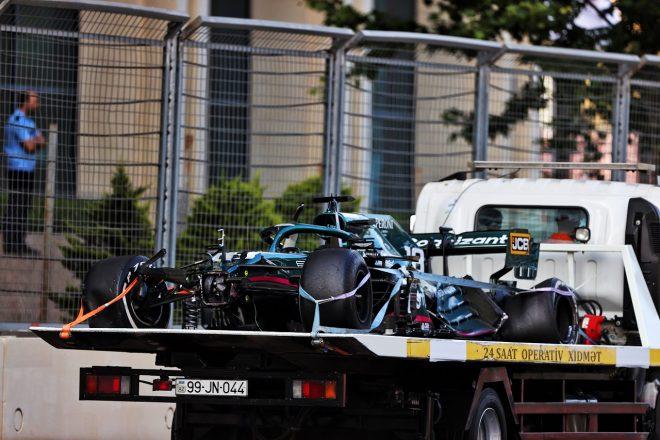 2021年F1第6戦アゼルバイジャンGP ランス・ストロール(アストンマーティン)のタイヤがパンク