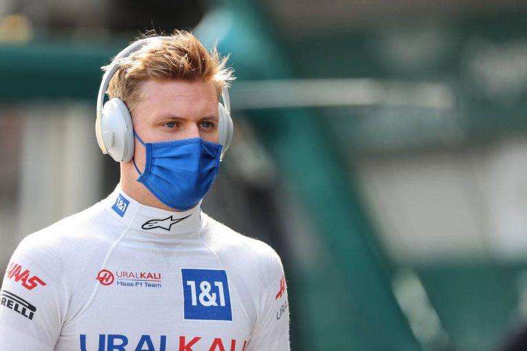 F1   シューマッハー「こういうレースでは生き残ってチャンスを掴むべき。今回はうまくやれた」:ハース F1第6戦決勝