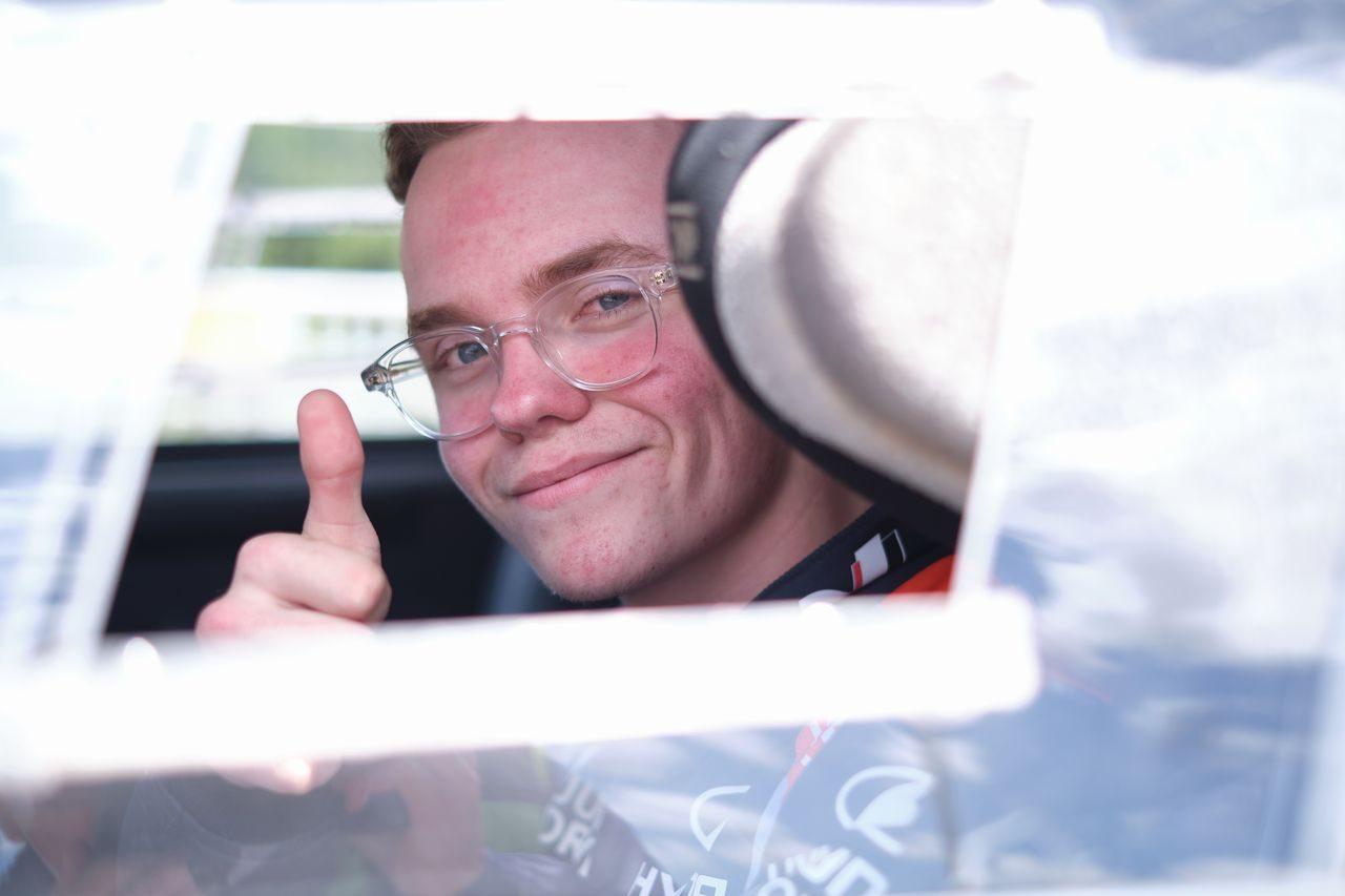 オリバー・ソルベルグに再チャンス到来。i20クーペWRCでのラリーアルバ参戦が決定