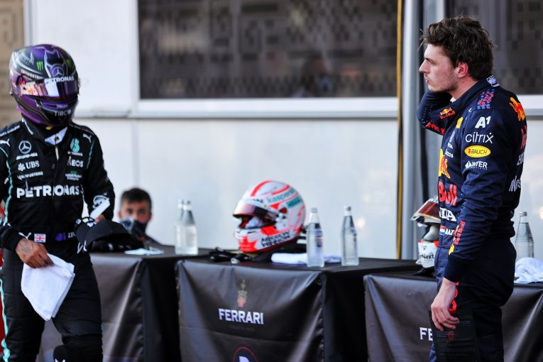 F1   フェルスタッペン「僕がメルセデスF1に乗ればルイスより0.2秒速く走れる」マシンの優位性への指摘に反発