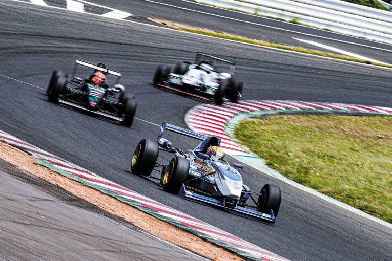 国内レース他 | 四輪レース2年目となる若手ドライバー、宮下源都に密着/JAF-F4の魅力を探る