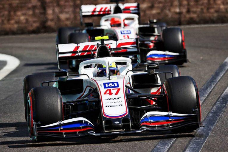 F1 | 順位を争い接触しかけたマゼピンとシューマッハー。ハース代表は「わだかまりは解けた」と主張/F1第6戦