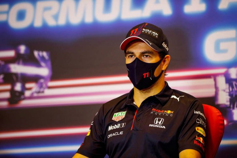 F1   レッドブルF1代表、ペレスの去就を決めるには時期尚早と主張「素晴らしい仕事をしている。これを続けるべき」