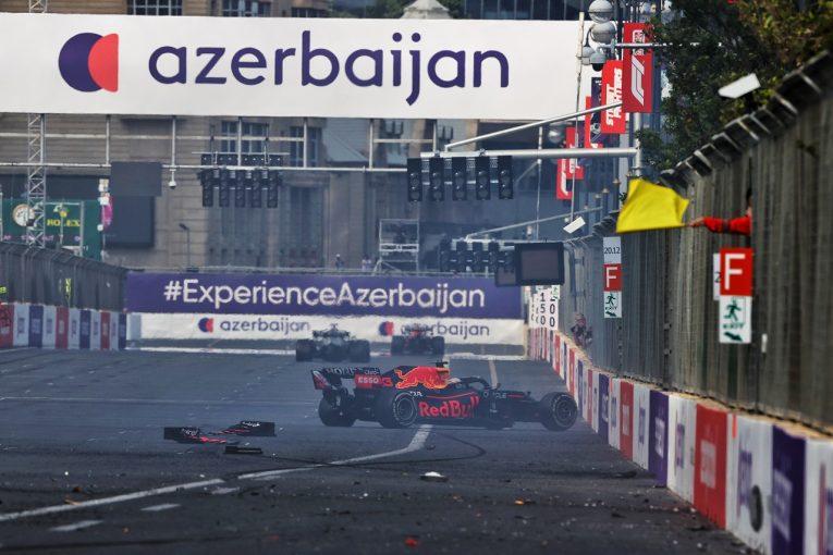 F1   ベッテル、連発したF1タイヤトラブルを深刻視「次は誰だ、と心配になった。起きてはならないこと」