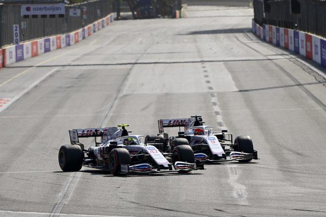 2021年F1第6戦アゼルバイジャンGP ミック・シューマッハーとニキータ・マゼピン(ハース)
