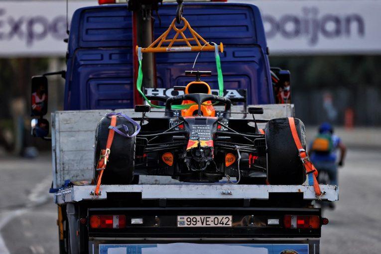 F1 | タイヤトラブルで勝利を失ったレッドブルF1、調査報告を受けてコメント「指示に反したことはないし、今後も順守する」