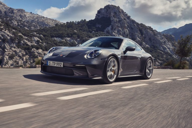 クルマ | ポルシェ、新型911 GT3ツーリングパッケージの予約開始。控えめな外観の高性能アスリート