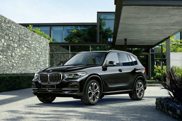 """クルマ   BMWの先駆的SAV『X5』に、3列7名乗車を実現した期間限定生産車""""PLEASURE³ EDITION""""が登場"""