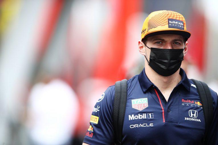 F1   フェルスタッペン、F1タイヤトラブルの調査報告に不満「チームに責任転嫁すべきではない」とピレリを批判