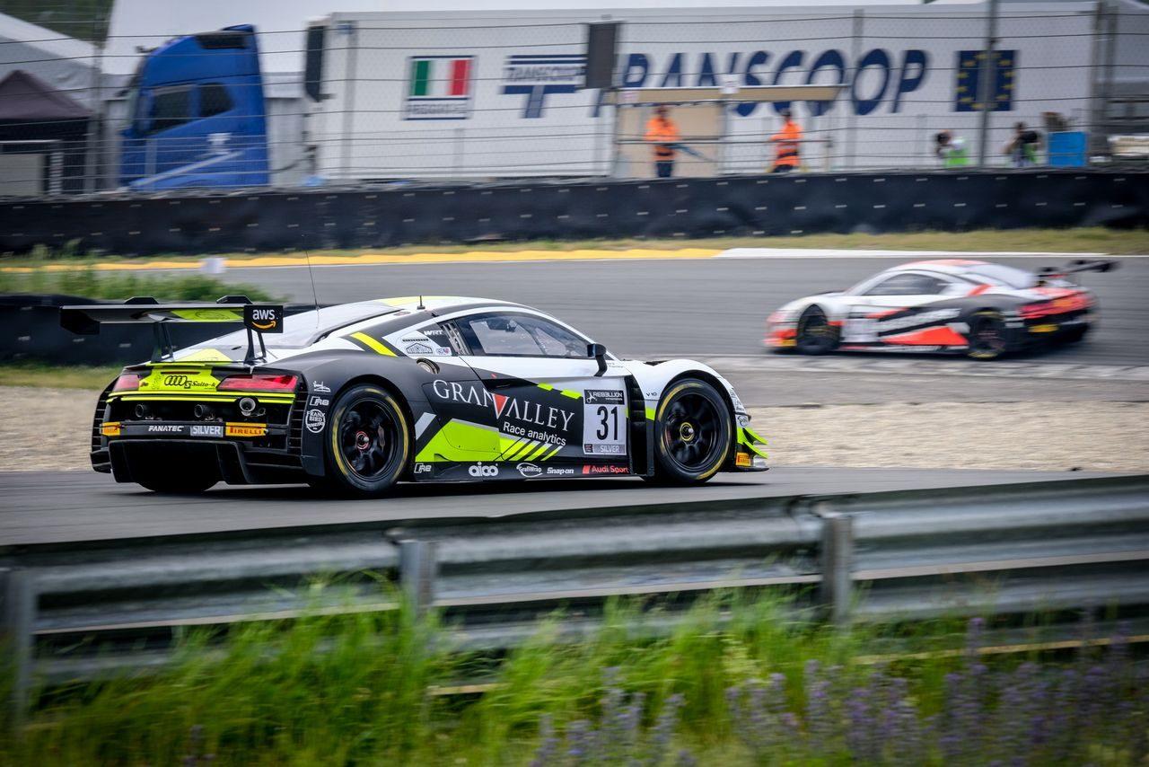 ランボルギーニが週末2勝。富田竜一郎も2度登壇/GTWCヨーロッパ第4戦