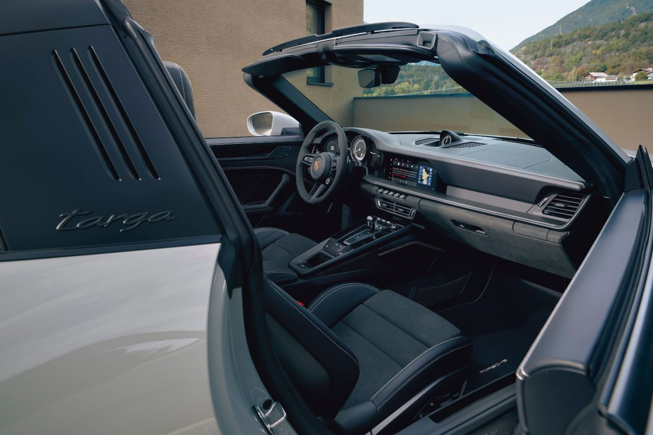 ポルシェ、新型911 カレラGTSシリーズ5車種の予約受注を開始。6月23日から