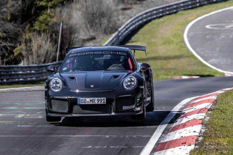 クルマ | ポルシェ、ニュルブルクリンク市販車最速記録を更新『911 GT2 RS』で6分43秒300