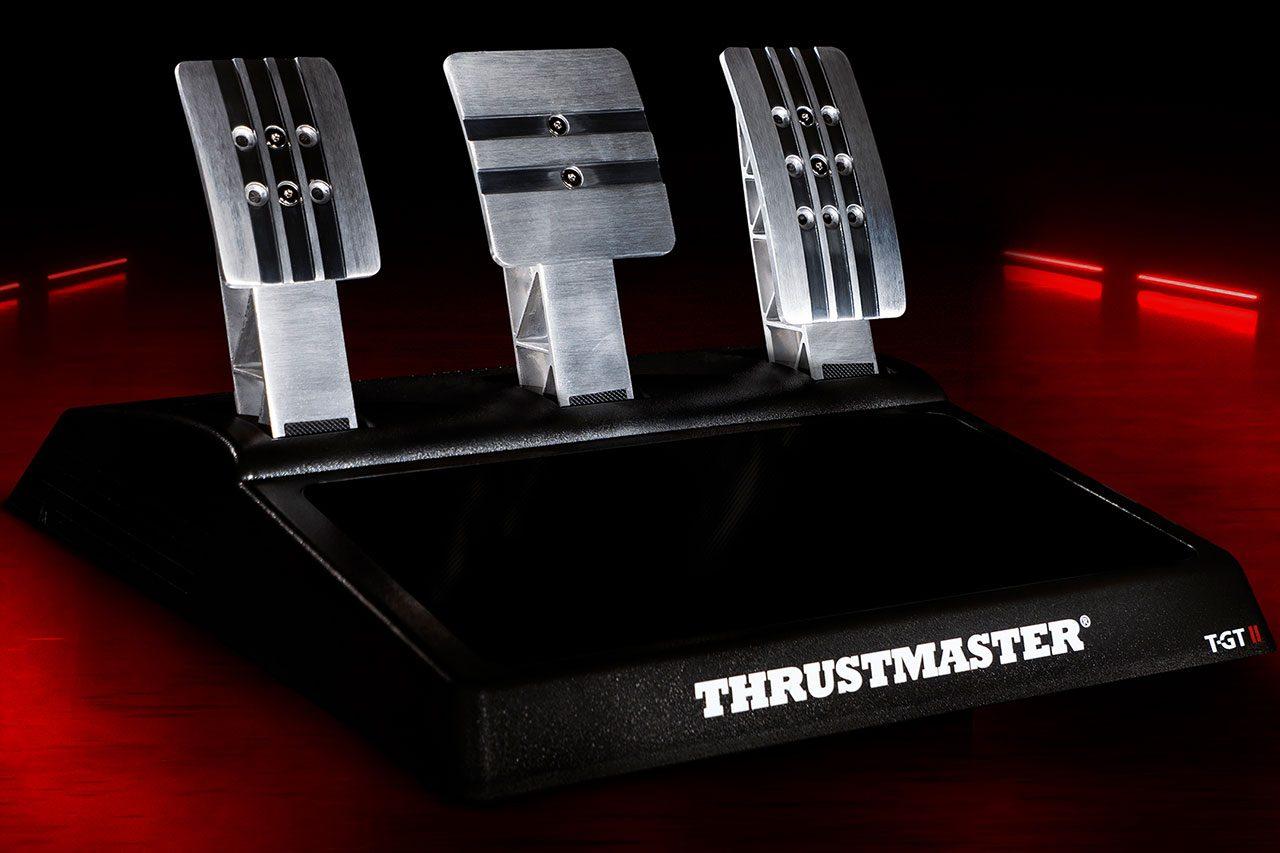 スラストマスター、PS5&グランツーリスモ正式ライセンスの新レーシングホイール『T-GT II』発表