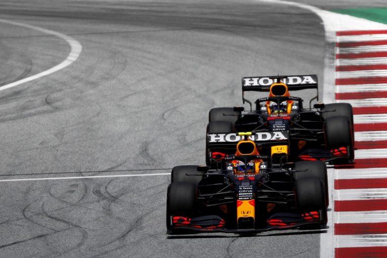 F1 | レッドブル代表「2台を異なる戦略で走らせ、決勝で最大の結果を目指す。ペレスの貢献にも期待」/F1第8戦予選
