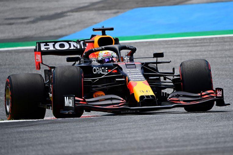 F1 | レッドブル・ホンダ密着:レッドブルリンクでの初ポールは予選パフォーマンス改善の証拠。メルセデスとの差は広がる
