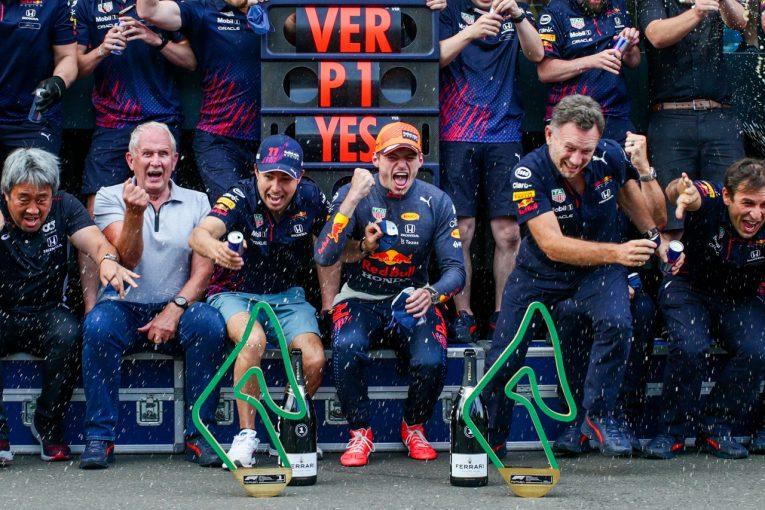 F1   レッドブルが今季最強のパフォーマンス「初めてルイスに大差をつけた。努力が実を結びつつある」と代表/F1第8戦