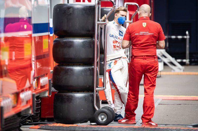 F1   シューマッハー「C2のペースがよかった。中団勢と対等なタイムで走れたので満足していい」:ハース F1第8戦決勝