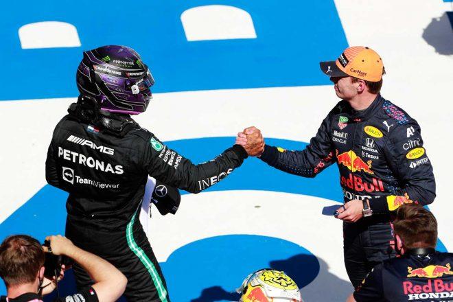 2021年F1第8戦シュタイアーマルクGP ルイス・ハミルトン(メルセデス)とマックス・フェルスタッペン(レッドブル・ホンダ)