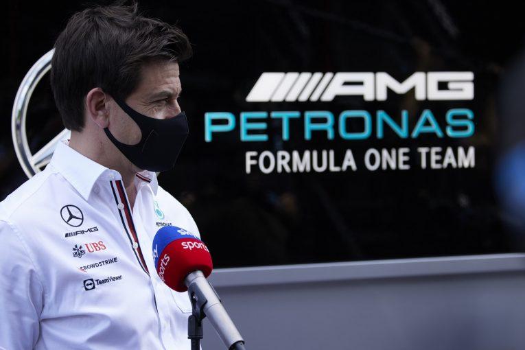 F1 | 公表されぬレッドブルF1の申し立て内容。メルセデス「ハミルトンの名誉を傷つけようとしている」と首脳陣を非難