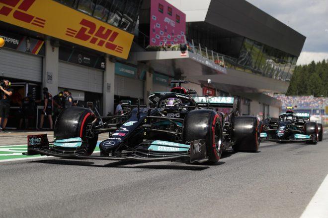 2021年F1第9戦オーストリアGP ルイス・ハミルトンとバルテリ・ボッタス(メルセデス)