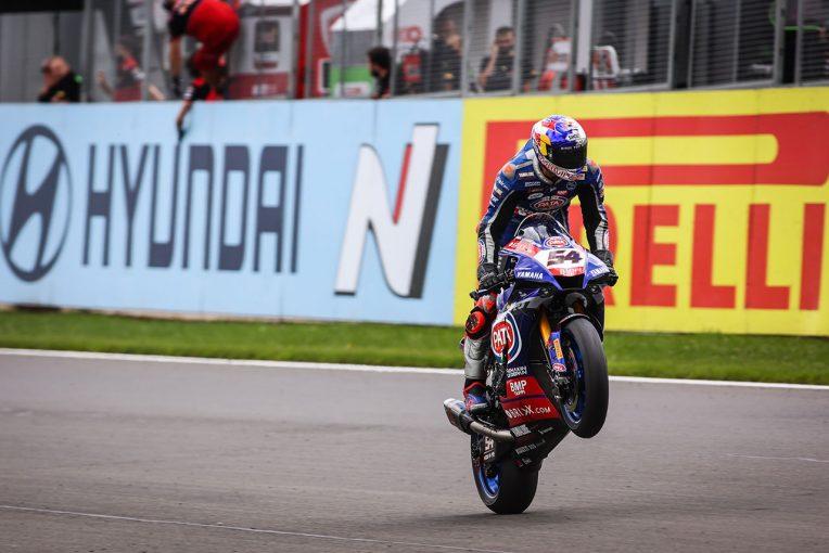 MotoGP   SBK第4戦イギリス:ラズガットリオグルが2勝を挙げ、チャンピオンシップリーダーに浮上。レイはレース2で転倒喫する