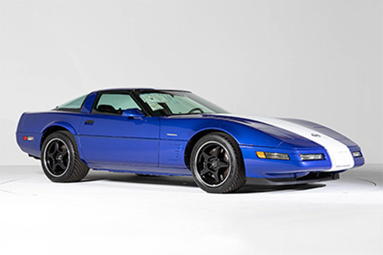 ヤフオクとBH AUCTIONがスカイラインR34などの名車を集めた『コレクションカーオークション』を開催