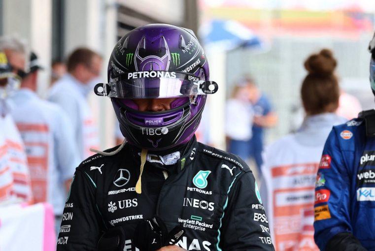 F1   ハミルトン、マシンダメージで1周0.7秒のロス「原因不明。2位を守れず大きな打撃に」メルセデス/F1第9戦