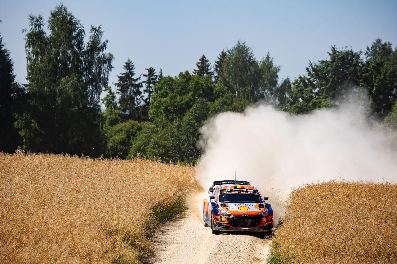 カッレ・ロバンペラがWRC初優勝! ラトバラの最年少優勝記録を更新/第7戦エストニア