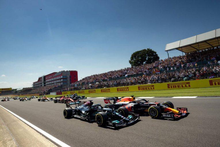 F1 | フェルスタッペンとハミルトンの接触について、複数のドライバーが「レーシングインシデントだった」と見解を示す