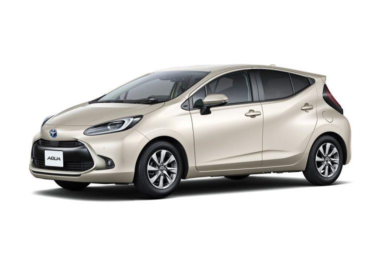クルマ   トヨタ新型アクアを発売。35.8km/Lの低燃費の実現と防災に備えた給電機能を装備