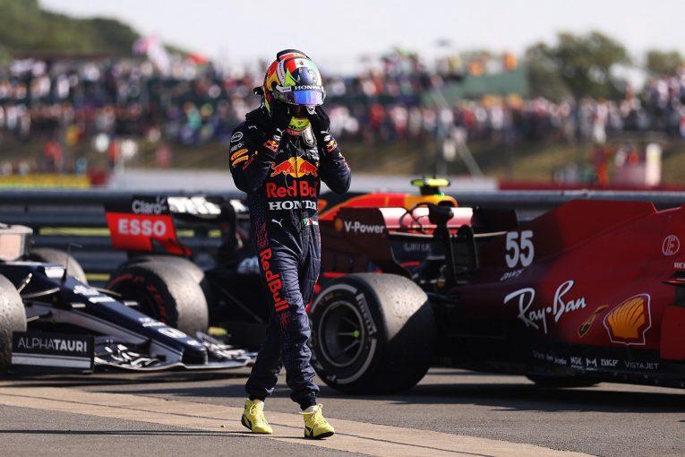 F1 | ピットレーンスタートのペレス、7位を諦め、チームに貢献:レッドブル・ホンダ/F1第10戦決勝
