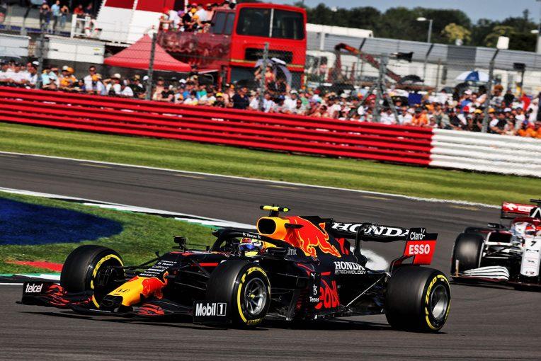 F1   レッドブル・ホンダ密着:無得点に終わるも、ペレスがハミルトンの1点を阻止「この出来事が我々の闘志にさらなる火をつけた」