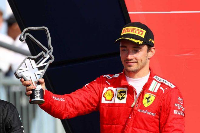 2021年F1第10戦イギリスGP 2位表彰台のシャルル・ルクレール(フェラーリ)