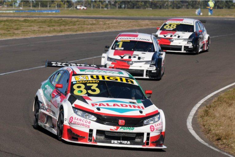 海外レース他 | ホンダ・シビックがトヨタ2台を振り切り勝利。元王者アルドゥソが今季3勝目/STC2000第6戦