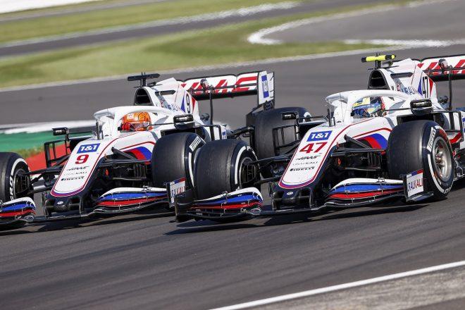 2021年F1第10戦イギリスGP ニキータ・マゼピンとミック・シューマッハー(ハース)