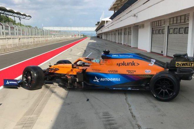 ダニエル・リカルド(マクラーレン)が18インチF1タイヤのテスト(ハンガロリンク)